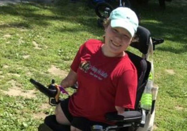New Hampshire Teen Plays Piano Despite Having No Limbs